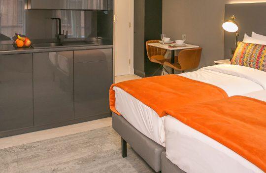 Grafton House - Superior Studio Apartments