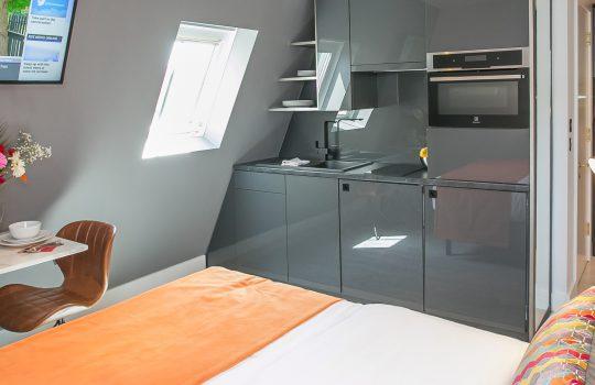 Grafton House - Loft Studio Apartments