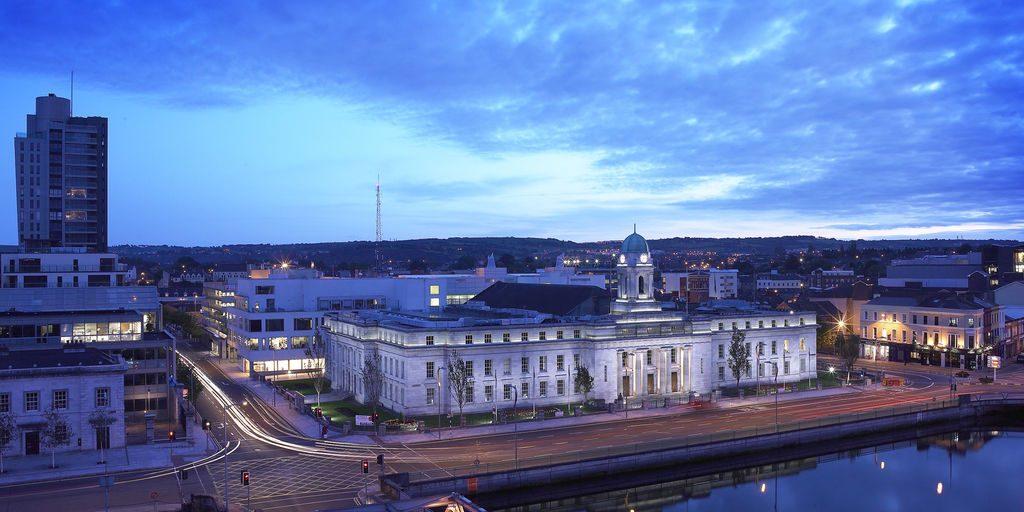 medium-Cork City Hall