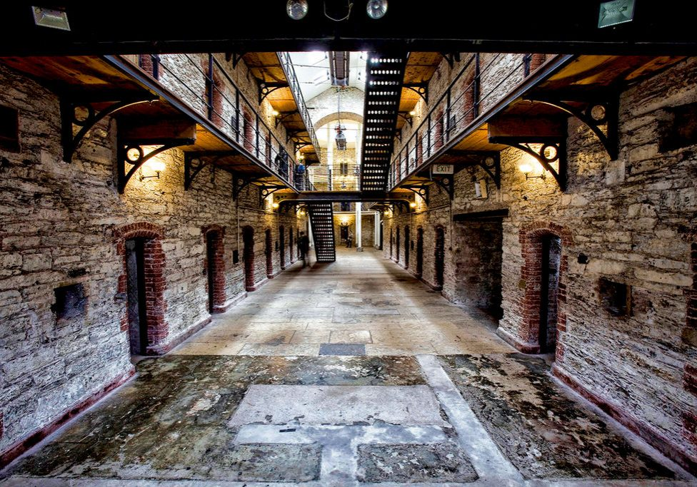 medium-Gaol18